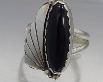 """Southwestern Signed """"RAY"""" Sterling Silver Black Onyx Ring"""