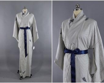 Vintage Silk Kimono Robe / Vintage Dressing Gown / Vintage Lingerie Robe / Loungewear / 1970s White & Blue Shibori