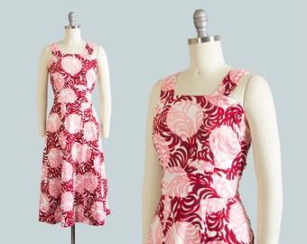 Vintage 1940s Dress | 40s Sundress Feather Polka Dot Novelty Print Cotton Pink Red Full Skirt Day Dress (medium)