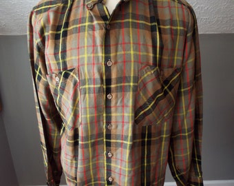 Vintage Long Sleeve Button Down Plaid Shirt by Benetton