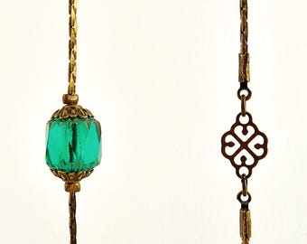 """Necklace """"Ivy"""" vintage emerald green (can ornament)"""