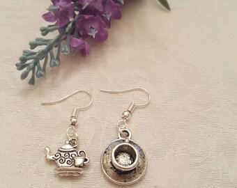 Earrings, Alice in Wonderland Earrings, Mad Hatter Tea Party, White Rabbit Dangle Earrings