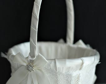 White Wedding Basket \ White Flower Girl Basket \ Lace Wedding Basket \ Sheby Shik Wedding Basket \ White Ring Bearer pillow basket set