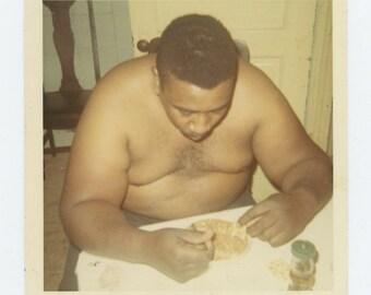Vintage Snapshot Photo: Eating, c1960s (73554)
