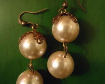 Boho Vintage Inspired Ivory Bridal Bliss Earrings