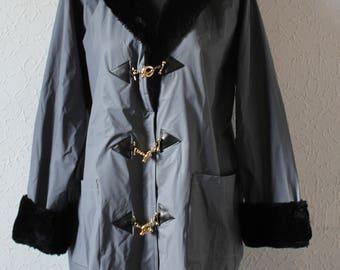 Coat with faux fur
