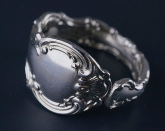 BIRKS spoon ring. size 11 ring.  sterling silver spoon ring.  spoon jewelry. Canadian. No.0071