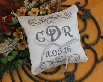 Wedding Ring pillow, personalize,ring holder, Ring bearer pillow, square pillow, embroider, ribbon, heart design, Custom, Monogrammed, 7x7