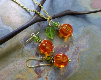 Orange Pumpkin Necklace & Earrings in Gold, Halloween/Fall/Autumn Pumpkin Necklace and Earring SET, Thanksgiving Jewelry, Bridesmaid jewelry