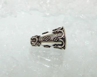 925 Sterling Silver Cup shaped cone, 18 mm by 10 mm. Money first. (6433625)