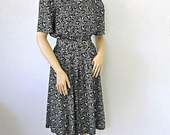 Vintage Dress Periwinkle 1970's 1980's Short Sleeve Shirtwaist Belted Office Dress Size 10