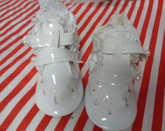 White Patent Leather  Doll Shoes -Vintage Shoes-Size 86mm x 41mm