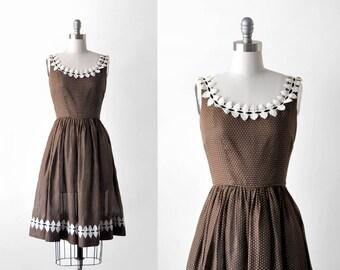 50's brown dress. full skirt. 1950's small dress. white leaf. sleeveless. 50 swiss dot dress. xs.