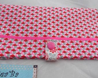Geometric fabric checkbook
