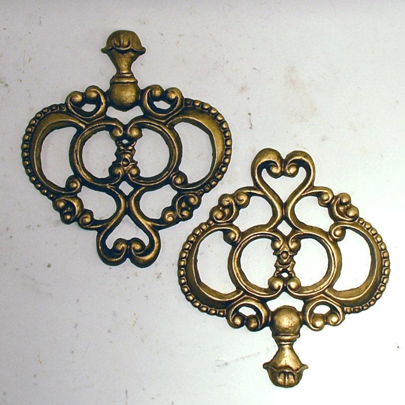 two 2 decorative wall pieces trim cast aluminum metal