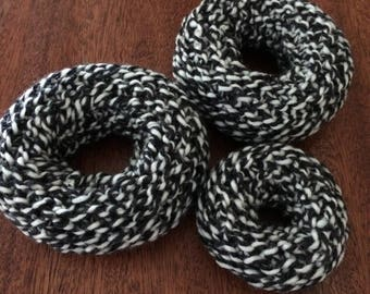 PATTERN: Knit Hair Donut Bun Maker Pattern PDF, 3 sizes small, medium, large, Easy Hair Donut sock bun maker to knit