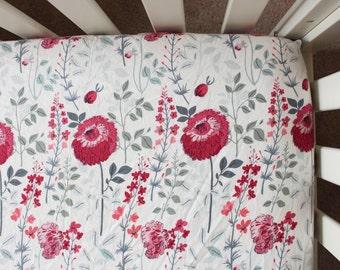 Dahlia Crib sheet, watercolor floral crib sheet, floral baby bedding, floral nursery, poppy crib sheet, baby girl bedding, baby girl gift