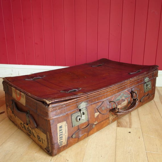 VINTAGE LUGGAGE TRUNK Classic Art Deco 30s Ladies Leather Suitcase Reclaimed Travel Bag Vanity Case