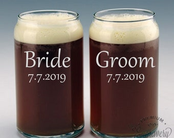 Bride and Groom Beer Can Glasses, Custom Wedding Gift for Couple, Engraved Beer Glasses, Personalized Beer Can Glass, Beer Gift - Set of 2
