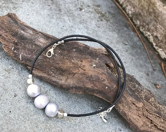 Pearl on Leather Choker Necklace