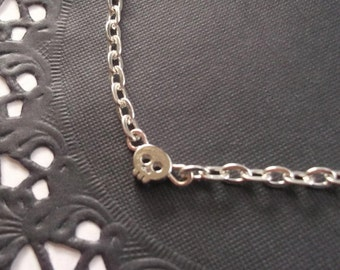 Silver Skull Bracelet, Petite Everyday Jewelry, Minimalist Tiny Bead