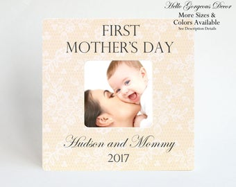 FIRST MOTHER'S DAY Gift to New Mom Picture Frame Gift for Mother from Baby Personalized Mother's Day Photo Frame Custom Mom Mum Gift Ideas