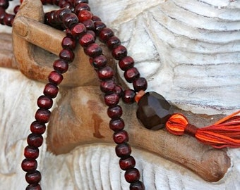 Red wood and carnelian mala beads, Handmade Mala, Yoga Jewellery Prayer Beads, yoga gift, prayer beads, mala bead, jewellry, Tassel Necklace