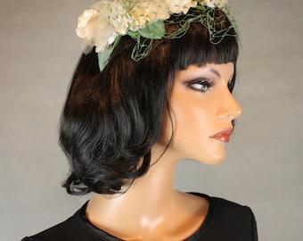 Bridal Fascinator Vintage 50s Off White Flowers Green Netting Velvet Bow OS Free US Shipping