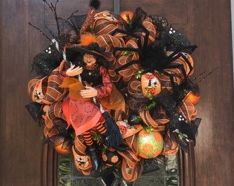 Charlottes Web Witch Wreath