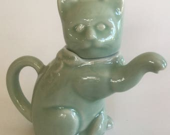Cat Teapot, Celadon Green Cat, Welcome Cat Teapot, Celadon Glaze Teapot , Vintage Cat Teapot.