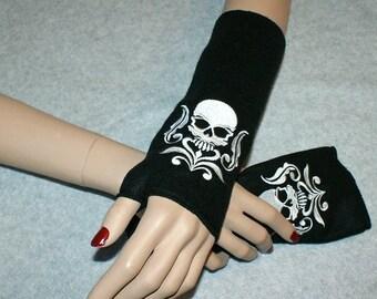Embroidered Damask Skull Fleece Arm Warmers Black / White MTCoffinz