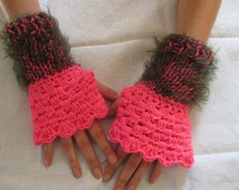 Pink mittens women wool pink and khaki, mothers day gift