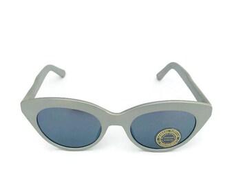 Vintage Retro Cat-eye Sunglasses Frame Cat eye Sunglasses Silver Frame