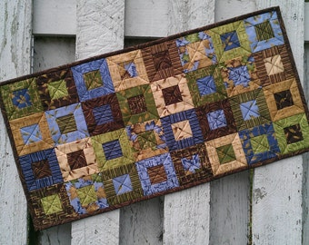 Quilted Table Runner (UNTRM) Leaves