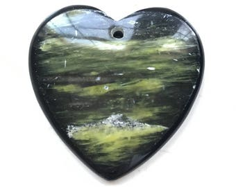 Amazing Heart / Love Shaped Olive Jasper and black onyx Frame Intarsia pendant bead BD13S83