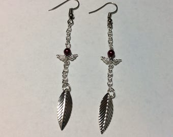 "Earrings ""leaf and Pearl chained Burgundy renaissance"""