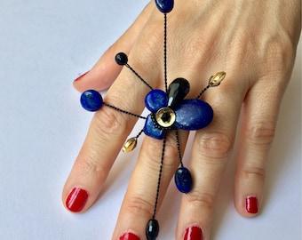 Ring with Lapislazuli and Onix