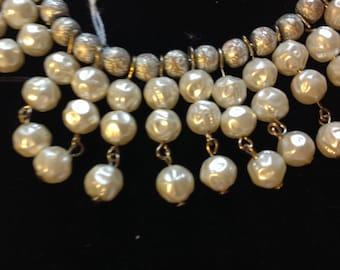 Sale!  Wonderful Vintage Kramer Pearl Necklace (79)