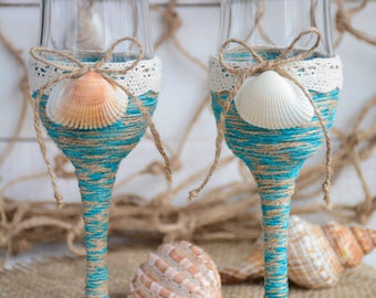 Beach Wedding Glasses Toasting Flutes Champagne Flutes Set Nautical Wedding Turquoise Sea Wedding Bride & Groom Starfish Seashells Shell 2