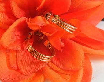 3 Gold Tone Wire Hoop Clip On Earrings Gold Hoop Earrings Vintage 80 Earrings Hoop Clip Ons Gold Tone Earrings