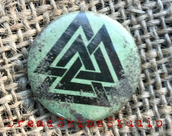 "Valknut Norse Viking Postapocalyptic Wasteland Hand Distressed Pin Button Badge 1"" / 25mm"