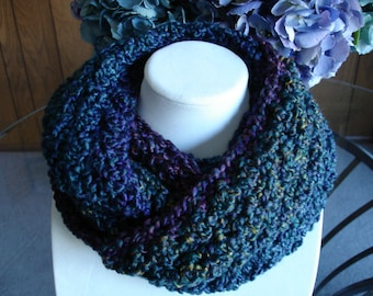 Multicolor(C) Cowl Scarf, Infinity Scarf, Crocheted Scarf, Winter Scarf