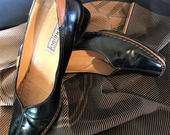 QUERCIOLI Vintage 90's Black & Tan Handmade Leather Flat Shoes Made in Italy