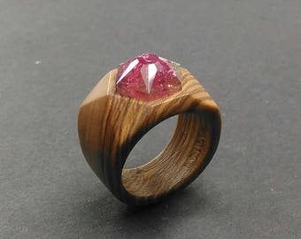 FREE SHIPPING!! wood ring / Olive wood ring / ring for women // Olive tree wood ring with a rubelite faceted stone - Size 17.30 mm (USA 7)