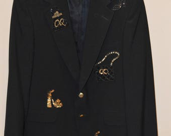 RARE! Vintage OverQualified Custom MEN's Black 100% Blazer Embellished with High Heels Purses and More! Truly a Statement Jacket Gold Bling
