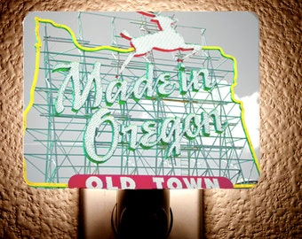 Made in Oregon Night Light