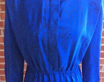Vintage 80s Leslie Fay blue and black leaf pattern dress. Size 10P