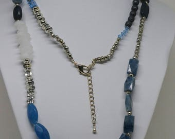 Silver tone and Blew beads necklace