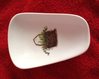 """Ceramic Spoon Rest with Ivy Basket  5"""" Long And 3 1/2 Inches On the Top of  Spoon"""