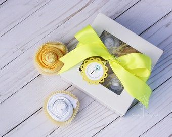 Baby burp cloths, Gender neutral baby shower gift idea, Baby gender neutral, baby gift set, cupcake gift set, welcome baby gift